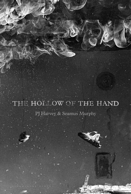 "Libro ""The Hollow of the Hand"" di PJ Harvey e Seamus Murphy"